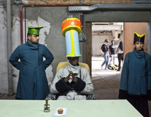 « Checkpoint » par Arash Ashrafzadhniek et Wafa Qacem